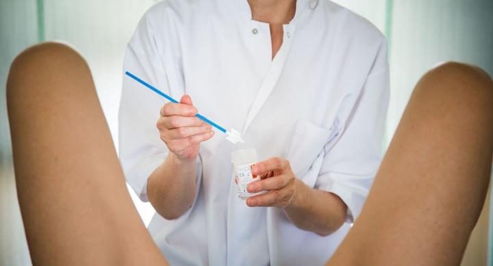 Mesdemoiselles, vous pourrez bientôt garder votre culotte pendant un examengynéco