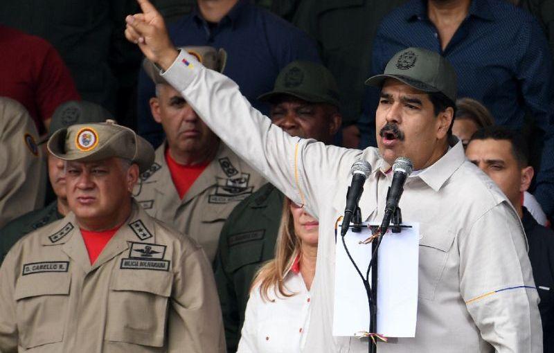 Le pétrole vénézuélien désormais sous embargo, les chavistes crient aucomplot