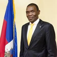 Visite de courtoisie de l'ambassadeur des Nations-Unies en Haïti au sénateur JosephLambert